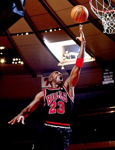 Tips For Taking Digital Photography Mike Jordan, Michael Jordan Basketball, Jordan Logo, Basketball Pictures, Love And Basketball, Sports Pictures, Sports Images, Michael Jordan Pictures, Jordan Photos