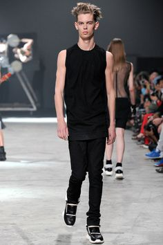 @RickOwens Men's Spring 2014 Runway Fashion #fashion #paris #menswear