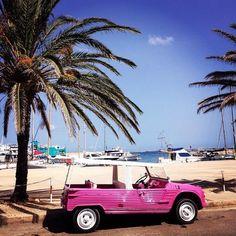 Mehari parked #Citroën