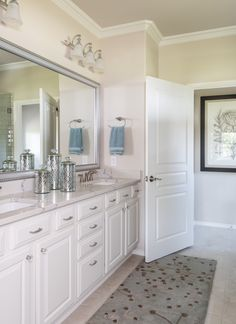 This Small Traditional Master Bathroom Used To Be Dark And Dreary Now The White Painted