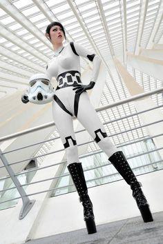 Storm trooper'ette