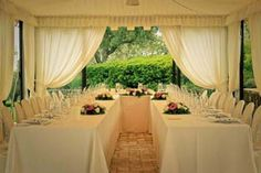 U-Shaped table in the marquee of villa San Crispolto, Italy