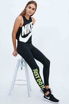 Nike Just Do It Leggings in Lime - Urban Outfitters