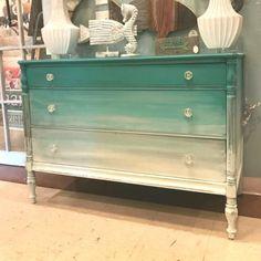 Chalk Paint Furniture, Furniture Design, Diy Ombre, Decoupage, Beautiful, Projects, House, Home Decor, Design Ideas