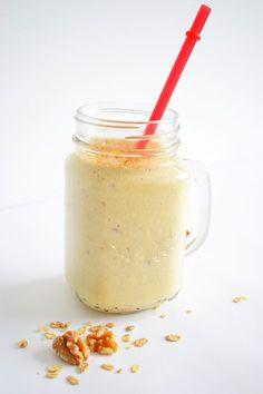 Heerlijke Appel & Kaneel smoothie voor een goed begin van je dag! - Healthy Wanderlust (klik op de afbeelding voor het recept)