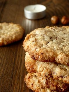 croquants noisettes Plus Biscuit Recipe, Cookies Et Biscuits, Cookie Recipes, Dessert Recipes, Confort Food, Desserts With Biscuits, Fat Foods, Healthy Cookies, Food Plating