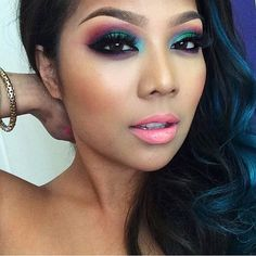 sugarpill Doesn't @pala_foxxia look so stunning in her #sugarpill eyeshadows? Yeah? That's what we thought!!