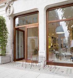 Love these windows and doors interiors shop front design, shop doors und sh Facade Design, Door Design, Exterior Design, Interior And Exterior, Architecture Design, House Design, Window Design, Cafe Exterior, Divider Design