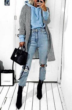# wintermode # winteroutfits # winterstyle # winter fashion # winter outfits # winter style accessories accessories # winter fashion Source by erdbeerzipfel Street Style Outfits, Looks Street Style, Mode Outfits, Looks Style, Trendy Outfits, Street Outfit, Casual Street Style, Street Style Women, Grunge Street Style