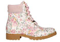 9a689bf87ed Bota de cordones de Panama Jack para mujer decorada con flores. Zapatos de  Talla - Calzados Gody