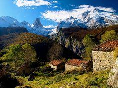 Place: La Majada de Arnandes, Bulnes / Asturias, Spain. Photo by: EXQUIsitios (submitted)
