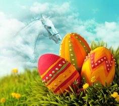 Easter is near. Be prepared with PhotoMontager new templates!