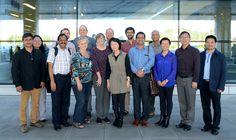 지속적발전에 관한 평양국제토론회 참가자들 도착