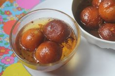 Super delicious gulab jamun recipe which is so yummy and is really easy to make. It needs simple ingredients and taste so good. Perfect for parties. Easy Gulab Jamun Recipe, Coconut Barfi Recipe, Chicken Dum Biryani Recipe, Fried Milk, French Apple Cake, Diwali Food, Apple Cake Recipes, Indian Sweets, Chaat