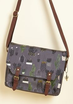 Stop By and Say Aloe Bag | Mod Retro Vintage Bags | ModCloth.com