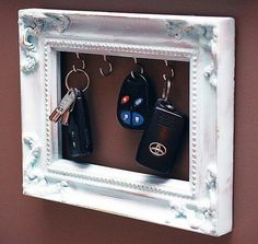 Frame turned into a key holder. Creative DIY!