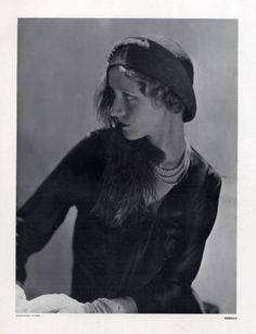 This section Caroline Reboux contains 88 image files and original prints - Fashion, Millinery, Caroline Reboux. 1930s Fashion, Vintage Fashion, Suzy, Caroline Reboux, Paris Mode, Feather Hat, Vintage Black, Vintage Hats, Man Ray