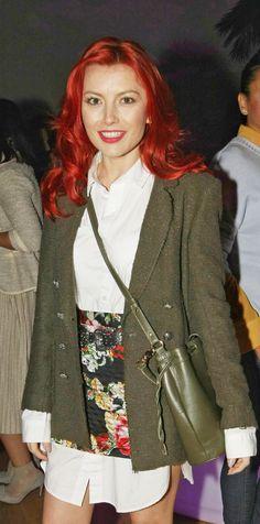 Elena Gheorghe a făcut o adevărată pasiune pentru nuanțele de roșcat. Susține că părul ei este în cea mai bună formă datorită mamei sale.