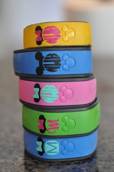Disney MagicBand Monogram {initial} Vinyl Decal {Personalized}
