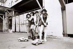 f(x) (Luna, Victoria, Krystal, Amber, Sulli)