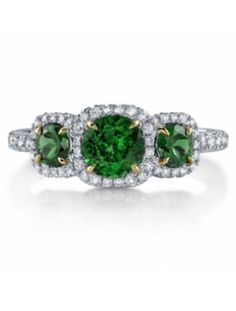 7 Emerald Engagement Rings | The Knot Blog