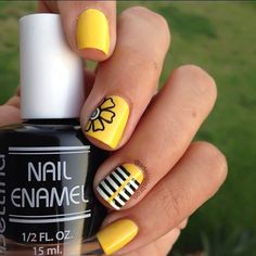 Anime Looking Yellow Nails. If you love something with anime feel, just go with this amazing yellow, black and white anime nails with different patterns and flowers. Yellow Nails Design, Yellow Nail Art, Blue Nail, Nail Designs 2015, Cool Nail Designs, Pretty Designs, Spring Nail Art, Spring Nails, Cute Nails