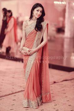 preeshani Indian Sarees Click VISIT above for more options Saree Designs Party Wear, Party Wear Sarees, Saree Blouse Designs, Trendy Sarees, Stylish Sarees, Dress Indian Style, Indian Dresses, Designer Sarees Wedding, Saree Wedding