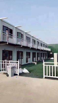 Laizhou dingrong steel structure CO. Shipping Container Home Designs, Container House Design, Studio Apartment Living, Apartment Design, Lofts, Restaurant Facade, Steel Building Homes, Casas Containers, Boarding House