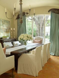 LOVE WHERE YOU LIVE: A Tuscan Style Home in Houston, Texas ----- I never would have thought I'd like this style but, my oh my; especially that beautiful window treatment. Stunning!