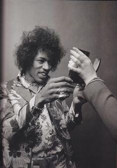 Jimi Hendrix.☀ #celebrities