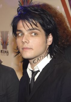 I'm Catholic too>>>same but I want Frerard to be real Save Me, Save My Life, My Favorite Music, My Hero, Gerard Way, Emo Bands, Music Bands, Killjoys, Emo Love