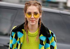 Óculos vintage de lente colorida é a nova obsessão fashion das famosas