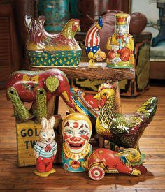 """Collection of vintage"""" tin toys"""""""