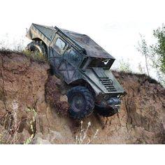 "photo: ""Look out below! Hummer Cars, Hummer Truck, Hummer H3, Chevy Pickup Trucks, 4x4 Trucks, Gta 5, Offroad, Off Road Buggy, Future Trucks"