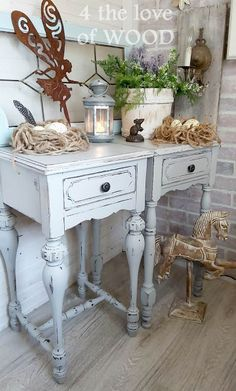 FARMHOUSE GREY SIDE TABLES - coordinating the look Grey Side Table, Side Tables, Small Space Living, Small Spaces, Wood Pieces, Vintage Wood, Diy Woodworking, Wood Furniture, Farmhouse Style