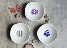 Ring Dish - Monogrammed Jewelry Dish - Ring Holder - Bridesmaid Gift Choose your own monogram lettering and color - any and all available! This ceramic jewelry ring dish, personalized with the monogram of your choice is a unique keepsake! This personalized monogrammed ring dish is a stylish way of giving a gift or simply saying thank you to someone you love, or simply want to impress.