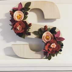Excited to share this item from my shop: Custom Felt Flower Letter decorations, Felt wooden letters, felt monograms, floral monograms, floral letters Cute Crafts, Felt Crafts, Decor Crafts, Diy Crafts, Sola Flowers, Paper Flowers, Flower Letters, Garden Gifts, Handmade Felt