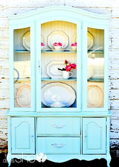 Shabby Chic Furniture For Your Home Diy Furniture Projects, Old Furniture, Shabby Chic Furniture, Furniture Makeover, Home Projects, Painted Furniture, Refinished Furniture, Street Furniture, Colorful Furniture