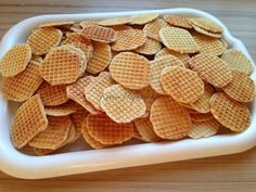 Snack Recipes, Snacks, Garlic Bread, Cereal, Chips, Breakfast, Food, Snack Mix Recipes, Morning Coffee