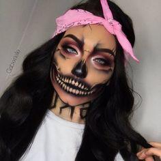 Crazy Halloween Makeup, Halloween Eyes, Halloween Looks, Crazy Makeup, Cute Makeup, Halloween Nails, Halloween Costumes, Clown Makeup, Costume Makeup