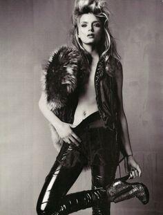 Mario Testino for British Vogue - Brilliantly British. October 2009