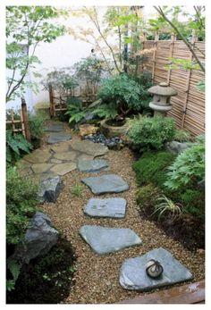 Japanese Garden Landscape, Small Japanese Garden, Mini Zen Garden, Japanese Garden Design, Diy Garden, Garden Cottage, Dream Garden, Garden Ideas, Garden Types