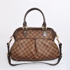 Trevi PM Louis Vuitton & LV – CHICS – Beautiful Handbags & Accessories