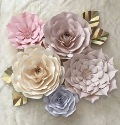 This set is perfect for your party decor, wedding decor, or living decor. Looks even more elegant in person!  This 5 piece set includes flowers that range from 18- 10. Two large, two medium, and one small.   If you are near the Chicagoland area, please send me a message before purchasing so we can avoid shipping costs.  *****FOUR LEAVES INCLUDED*****  Customize your order by including the colors you would like for each flower in the note section to seller!  *****I will keep in contact…