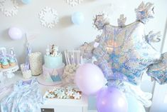 Frozen Theme Party, Frozen Birthday Party, Birthday Party Themes, Birthday Ideas, Educational Toys For Preschoolers, Best Toddler Gifts, Party Flags, Spring Girl, Winter Onederland