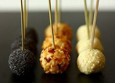 Easy and delicious Cheese, Starters recipe. The cheese lollipops are a fun and very tasty entree. All those lovers of cheese will enjoy their lollipop and you can serve them with a special touch. Gourmet Dinner Recipes, Cooking Recipes, Xmas Food, Mini Foods, Appetizers For Party, Food Inspiration, Good Food, Food And Drink, At Least