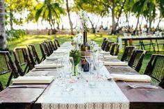 Incredible wedding decor details by Malpais Green Weddings. March House Wedding in Malpais - Costa Rica Wedding Photography   A Brit & A Blonde http://abritandablonde.com/2014/03/30/blog/malpais-beach-wedding-at-the-march-house/