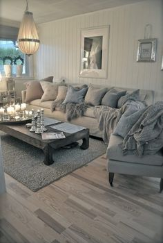 Would LOVE something like this for the living room with the fireplace