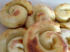 Drapáky, Slané, recept | Naničmama.sk Bread And Pastries, Doughnut, Catering, Garlic, Bakery, Food And Drink, Vegetables, Cooking, Healthy