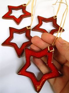 Bored Red Star For Christmas Decoration by mychristmastree on Etsy, Ceramics Projects, Clay Projects, Clay Crafts, Pottery Painting, Pottery Art, Ceramic Pottery, Pottery Ideas, Christmas Clay, Christmas Crafts
